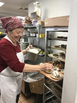 Kitchen Volunteer