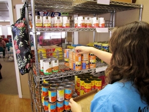 Volunteer Stocking Shelves