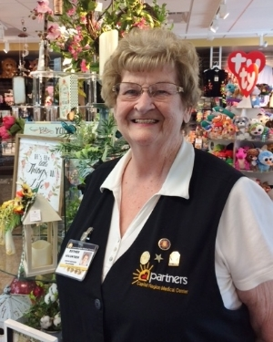 Gift Shop volunteer