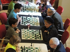 Intergenerational Chess