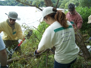 2012 Volunteers Improve Spy Pond Park in Arlington