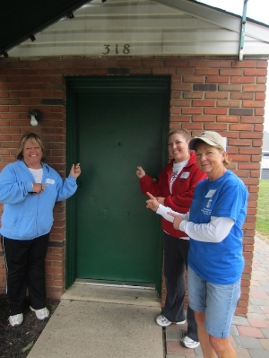 Some volunteers outside our pantry!